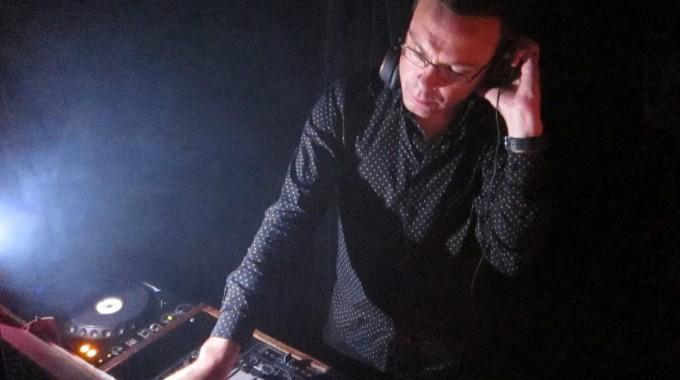 DJ Jeremy Thoms 1